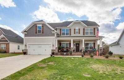 Davidson County Single Family Home For Sale: 188 Meadowfield Run
