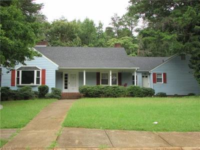 Winston Salem Single Family Home For Sale: 3011 Loch Drive