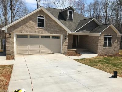 Asheboro Single Family Home For Sale: 1364 Ridgewood Circle