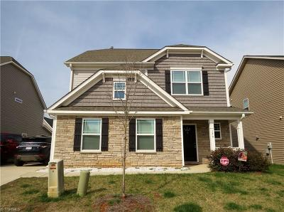 Bermuda Run Single Family Home For Sale: 129 Glenmoor Avenue