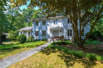 Greensboro Single Family Home For Sale: 2905 Round Hill Road