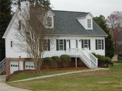 Kernersville Single Family Home For Sale: 841 Leichester Square Court
