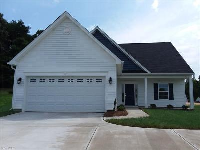Kernersville Single Family Home For Sale: 4533 Vernon Circle #203
