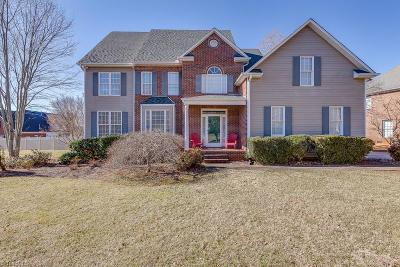 Advance Single Family Home For Sale: 201 Oakmont Drive