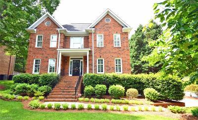 Winston Salem Single Family Home For Sale: 900 Ashley Glen Drive