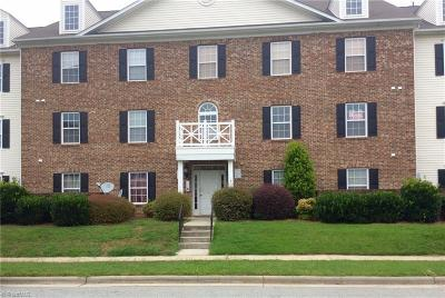 Kernersville Condo/Townhouse For Sale: 7206 McConnell Drive