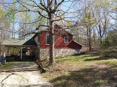 Summerfield Single Family Home For Sale: 599 Bobcat Road