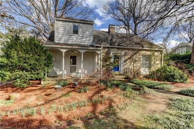 Greensboro Single Family Home For Sale: 222 Ridgeway Drive