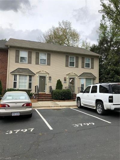 Guilford County Condo/Townhouse For Sale: 3797 Greenes Crossing