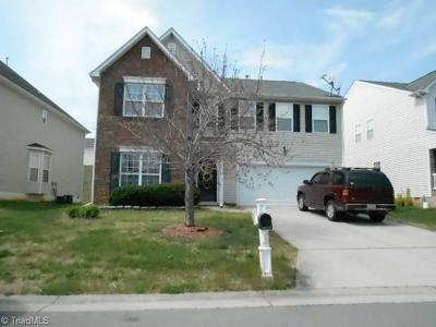 Winston Salem Single Family Home For Sale: 60 Luzelle Drive