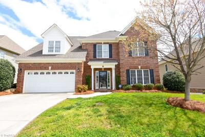 Winston Salem Single Family Home For Sale: 3004 Cameron Village Court