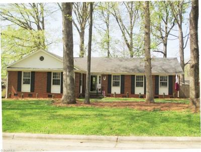 Greensboro Single Family Home For Sale: 3602 Brandywine Drive