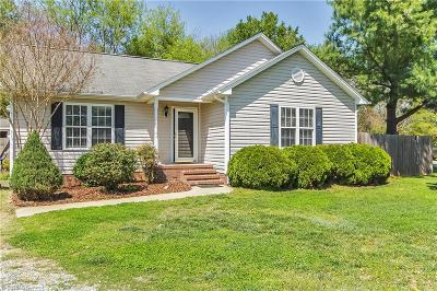 Alamance County Single Family Home For Sale: 108 Terrywood Court