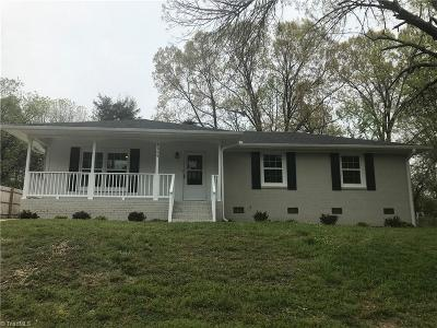 Greensboro Single Family Home For Sale: 4124 Donegal Drive