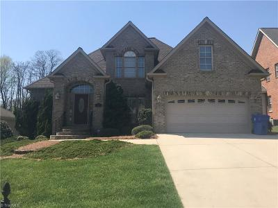 Kernersville Single Family Home For Sale: 120 Fearrington Drive