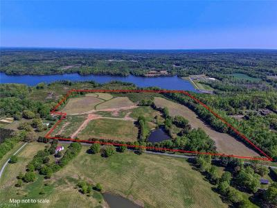 Residential Lots & Land Sold: 72.042 Acres Flat Rock Road