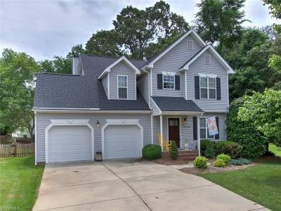 Guilford County Single Family Home For Sale: 2704 Tavern Court