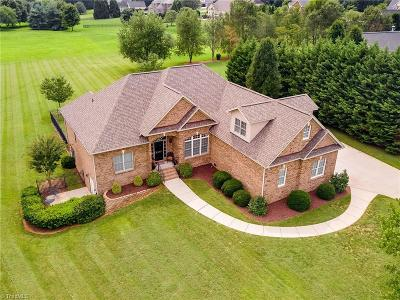 Oak Ridge Single Family Home For Sale: 5303 Red Fox Drive