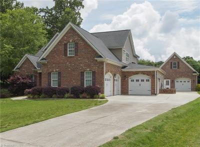 Clemmons Single Family Home For Sale: 7008 Orchard Path Drive