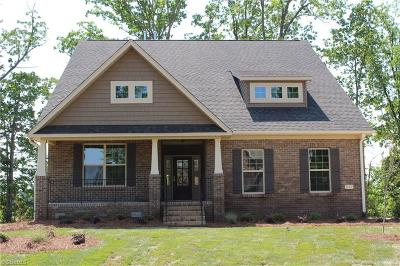 Alamance County Single Family Home For Sale: 1212 Brookview Drive