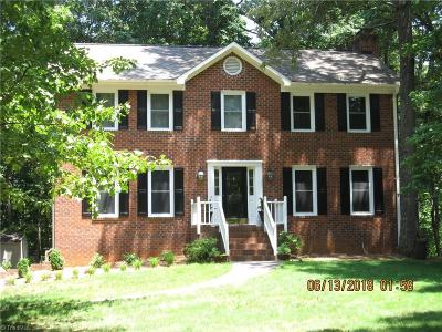 Kernersville Single Family Home For Sale: 483 Buckhurst Drive
