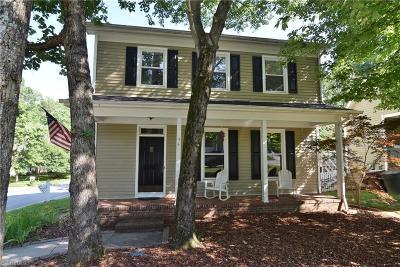 Greensboro Single Family Home For Sale: 54 Park Village Lane