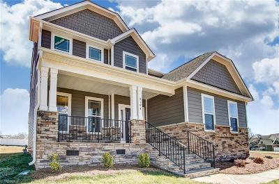 Single Family Home For Sale: 8104 Manakel Drive