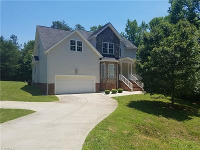 McLeansville Single Family Home For Sale: 3912 Lloyds Court