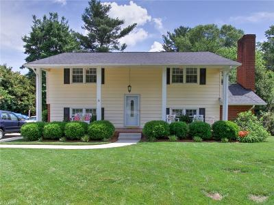 Greensboro Single Family Home For Sale: 904 Merrill Drive
