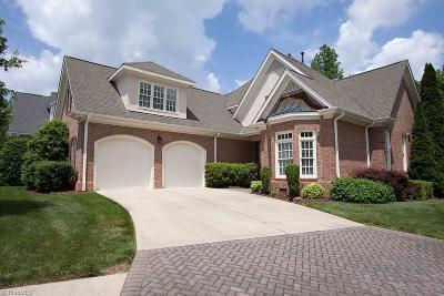 Greensboro Single Family Home For Sale: 25 Hadley Park Court