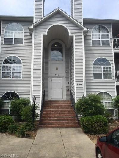 Winston Salem Condo/Townhouse For Sale: 822 Rivertree Lane