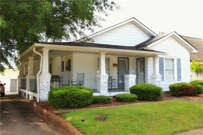Rockingham County Single Family Home For Sale: 111 W Decatur Street