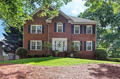 Winston Salem Single Family Home For Sale: 78 Shadylawn Drive