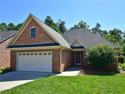 Kernersville Single Family Home For Sale: 640 Dobson Court