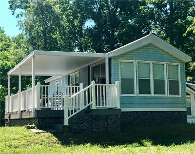 New London NC Manufactured Home For Sale: $69,900