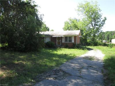 Greensboro Single Family Home For Sale: 5503 Sapp Road
