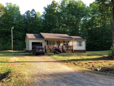 Julian NC Single Family Home For Sale: $122,000