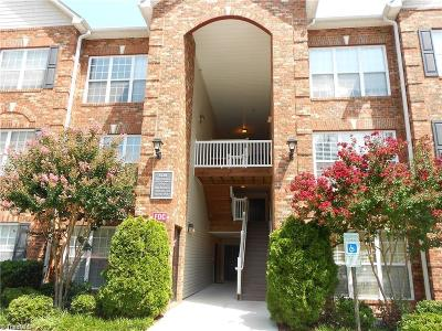 Jamestown Condo/Townhouse For Sale: 5238 Hilltop Road #V