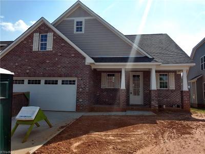 Alamance County Single Family Home For Sale: 206 Sam Snead Drive