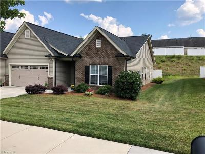 Clemmons Single Family Home For Sale: 6278 Langdon Village Court