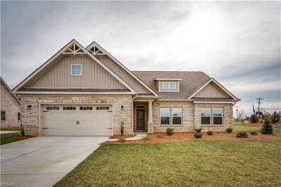 Clemmons Single Family Home For Sale: 3324 Waterford Glen Lane