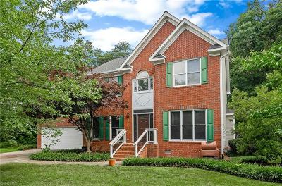 Guilford County Single Family Home For Sale: 3820 Sandlewood Road