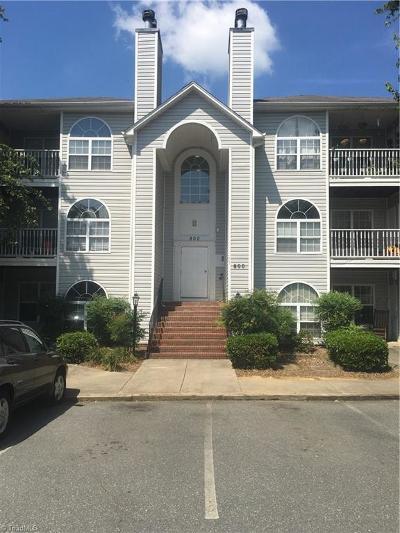 Winston Salem Condo/Townhouse For Sale: 833 Rivertree Lane
