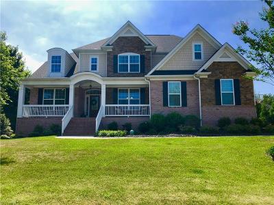 Burlington Single Family Home For Sale: 1061 Doolin Street