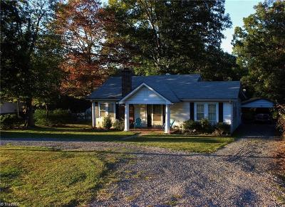 Rockingham County Single Family Home For Sale: 7461 Nc Highway 135
