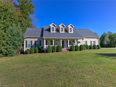 Surry County, Davie County, Yadkin County, Stokes County, Forsyth County, Davidson County, Rockingham County, Guilford County, Randolph County, Caswell, Alamance County Single Family Home For Sale: 7119 Whitetail Drive