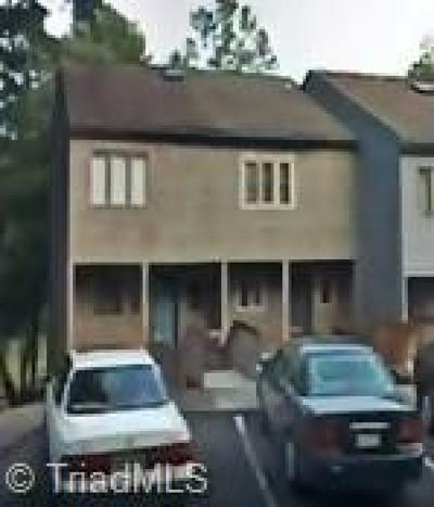 Winston Salem Condo/Townhouse For Sale: 1076 Hickory Glen Road