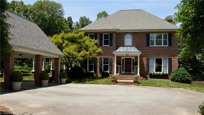 Kernersville Single Family Home For Sale: 6035 Kempsford Court