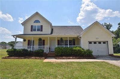 Winston Salem Single Family Home For Sale: 3524 Carver School Road