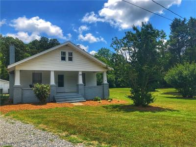 Davidson County Single Family Home For Sale: 158 Stout Road